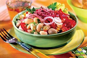 Salată de fasole