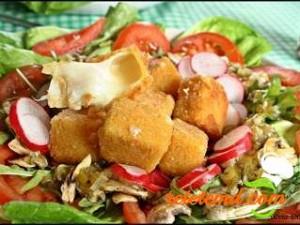 Salata cu cascaval pane si carpaccio de ciuperci