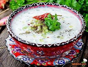 Cacik - supă de iaurt turcească