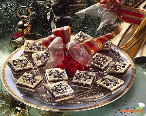 Mininapolitane cu cremă de ciocolată