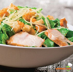 Salată Caesar