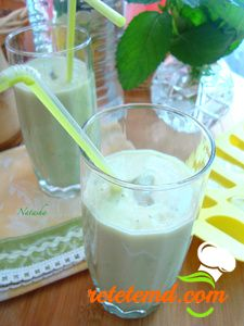 Cocktail cu iaurt si avocado