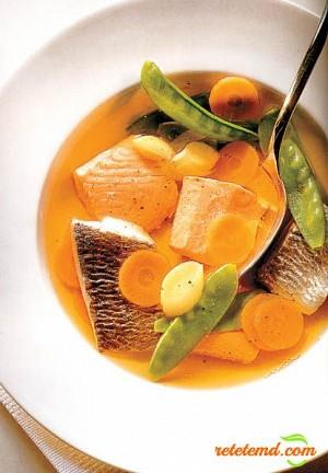 Ciorbă de peşte