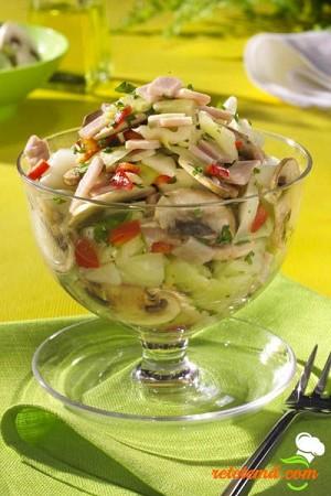 Salată de ciuperci cu ardei