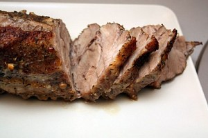 Cum să coacem corect carnea în folie de aluminiu.